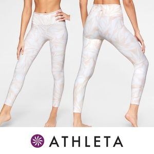 Athleta High Rise Swirl Chaturanga 7/8 Legging Lg